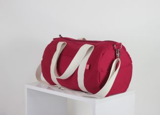 Maroon duffel sport gym bag